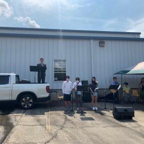 6월의 주차장 예배